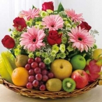 Flowers & mix fruit basket